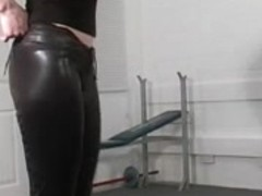 Gorgeous domina busts her thrall's balls
