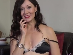 Kitty is a smashing mature brunette who doesnt mind showing her masturbation routine to everyone