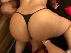 Eros & Music - BBW Lesbian Threesome