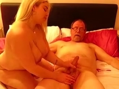 Busty hotty attends to fullcream