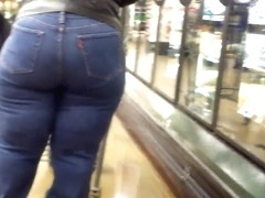 100% Beef Country Booty MILF..