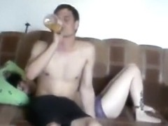 Dude tapes his russian friend having sex with his gf on the sofa