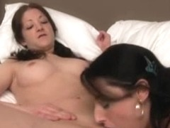 Teens try out lesbian sex