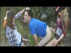 2 teenagers knob fuck a guy met in the forest