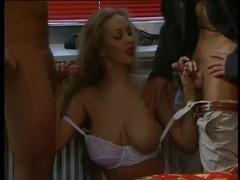 Teresa Rubens- Hawt threesome