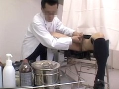 Fast twat fingering for adorable Jap during Gyno exam