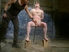 30 minutes Of Torment. Damien Moreau takes the ultimate challenge and begs for more