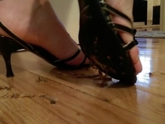 Worms crushed and smashed under strappy heels