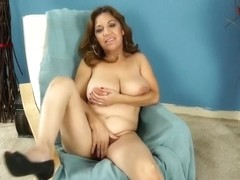 Hawt Aged latin babe widens her legs during the interview