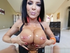 Tittyfucking Milf With Bigtits Gets Creamed