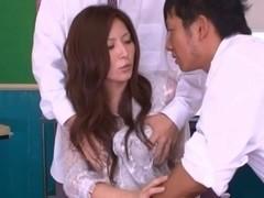 Sexy lesson on threesome fucking from hot teacher Yuna Shiina