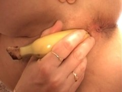 Granny In Need Of Dick Has To Improvise