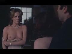 Andréa Ferréol,Lisa Gastoni in Scandalo (1976)