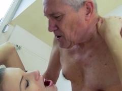 Virgin ass girl fuck mobile video