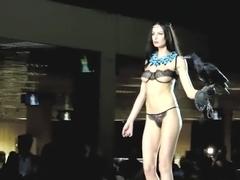 Fashion Show Exotica EMIVI Sexy