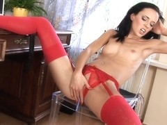 WetAndPuffy Video: Gina in Office