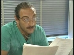 Can Roberto read radiography? )dWh(