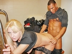 Wazoo and pointer GFs show in a changing room