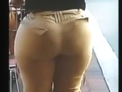 Big booty Latina Mature