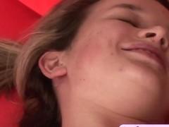 Teen amateur enjoys fucking
