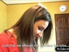 Slutty hairdresser Akasha anal for cash