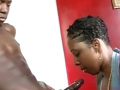 Sweetz milf creaming in the hood