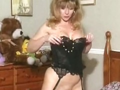 British mother I'd like to fuck whore Anna in a solo scene on the sofa
