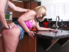 Mellanie Monroe & Xander Corvus in My Friends Hot Mom