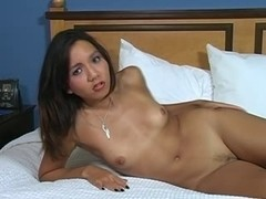Keeani Lei desires a jackoff quickie!