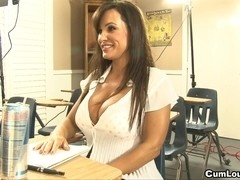 Learning spanish with mother I'd like to fuck Lisa Ann