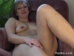 Girlfriend bonks her solely wet crack Double Handed