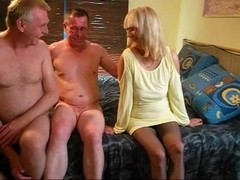 bix- threesome maduros