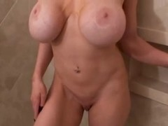 Kylee Nash - Oil In The Shower