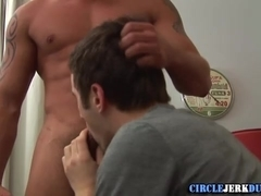 College stud blows cock