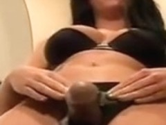 Dominatrix-Bitch Chloe Weenie Fag