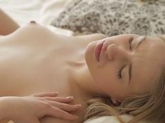 Porn art lesbian clip with Hannah and Ariadna