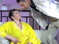 GuysForMatures Video: Caroline M and Gerhard