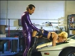 Nurses in latex fetish clothes play anal erotic games