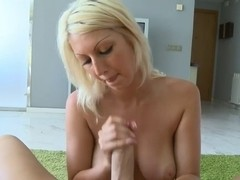 Golden-Haired large bumpers cook jerking