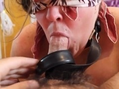 BBW Head #421 She knows her Place (Blindfolded)