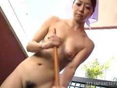Maki Hokujo hot Japanese maid fucks older guy