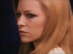 Susan Strasberg,Nathalie Delon in Le Sorelle (1969)