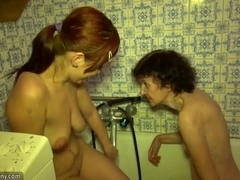 Granny and Teen bathe in the tub