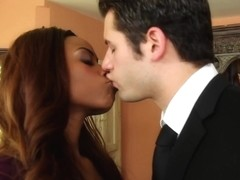 Tori Taylor & Giovanni Francesco in Naughty Office