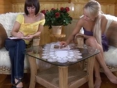 LadiesKissLadies Movie: Dolly and Mireille